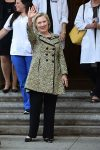 Hilary Clinton leaves the hospital after daughter Chelsea gives birth