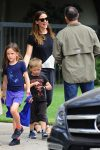 Jennifer Garner at Church with her kids Violet and Sam Affleck