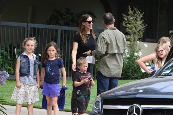 Jennifer Garner is spotted leaving church with her children Violet, seraphina and Sam Affleck