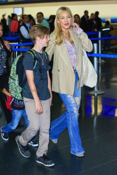 Kate hudson arrives in NYC with sons Ryder and Bing