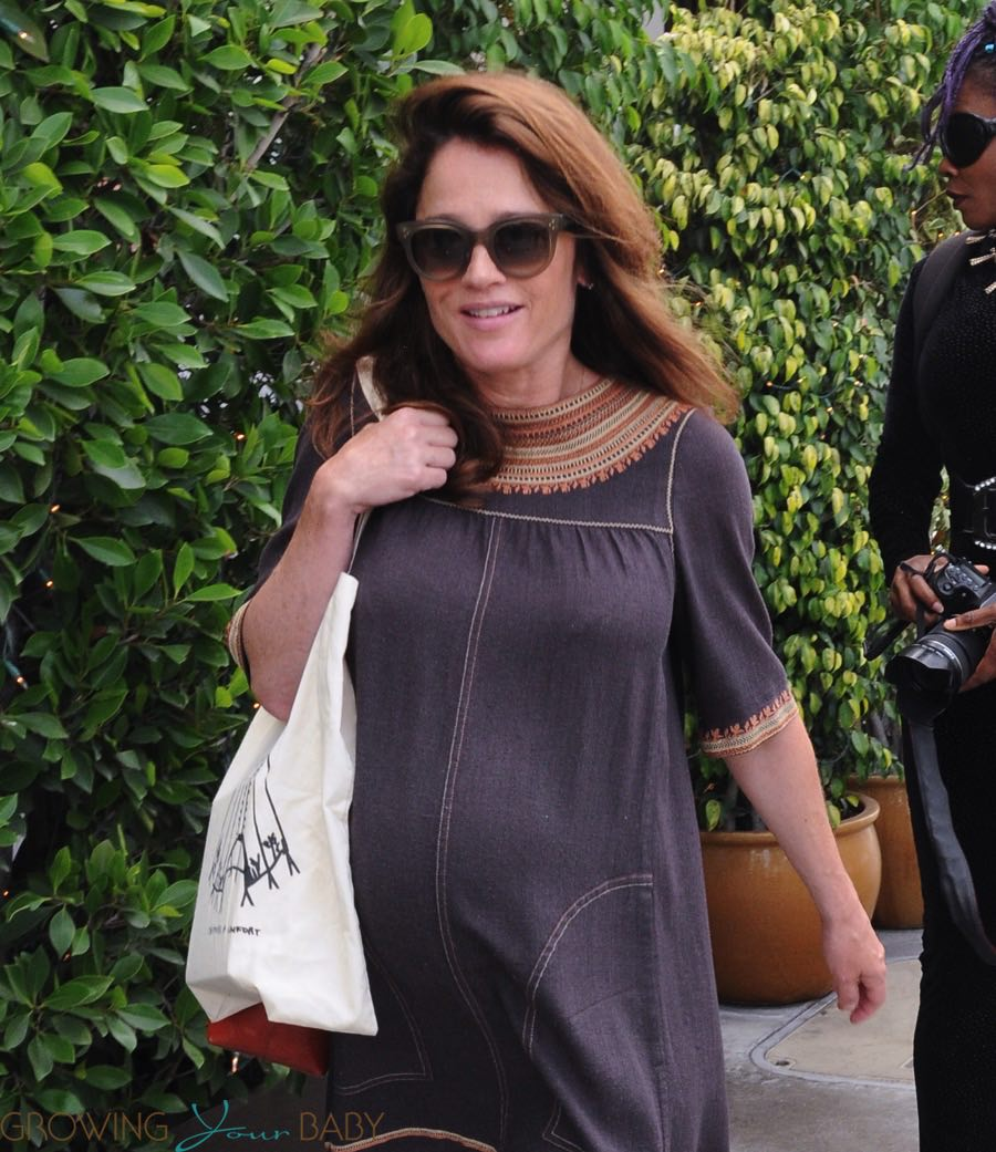Pregnant Robin Tunney Runs Errands In Beverly Hills ...