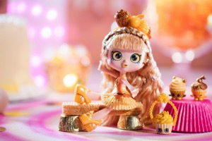 Shopkins Announces New Gold Special Edition Shoppie Doll!