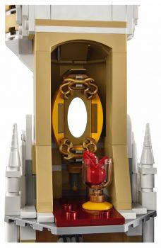 LEGO 71040 The Disney Castle - mirror