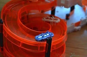 Nano Nitro Slingshot by Hexbug - ramp