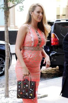 Pregnant Blake Lively out in NYC
