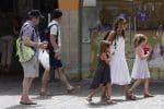Sarah Jessica Parker & Matthew Broderick Take Their twins To Tibidabo Amusement Park