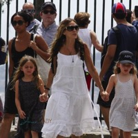 Sarah Jessica Parker and Matthew Broderick Visit Tibidabo Amusement Park With Their Twins