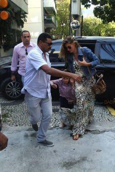 Gisele Bundchen arrives a restaurant at the Jardim Botanical Gardens with her son Benjamin