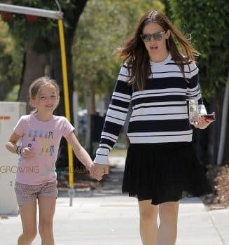 Jennifer Garner out in Santa Monica with daughter Seraphina Affleck