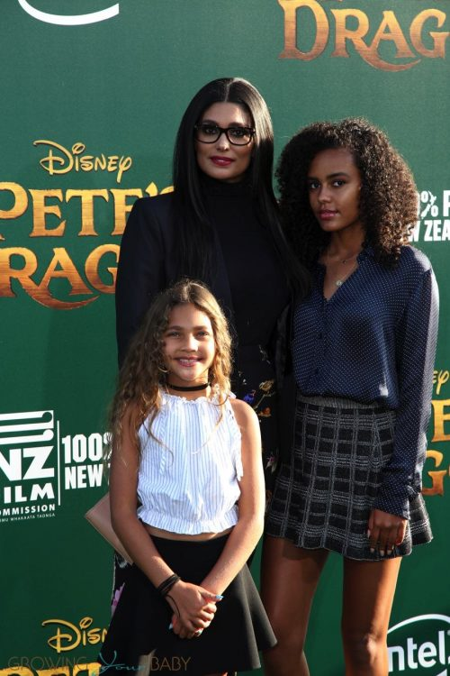 Rachel Roy with her daughters Tallulah and Ava at Pete's Dragon Premiere in Hollywood