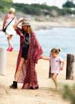 elsa pataky at the beach with daughter india