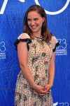 Pregnant Natalie Portman attends Jackie photocall in Venice