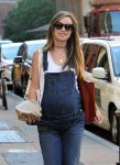 pregnant-olivia-wilde-out-in-nyc