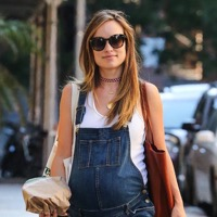 Olivia Wilde Steps Out In NYC