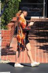 pregnant-peta-murgatroyd-shows-off-her-growing-belly-while-out-shopping-in-la