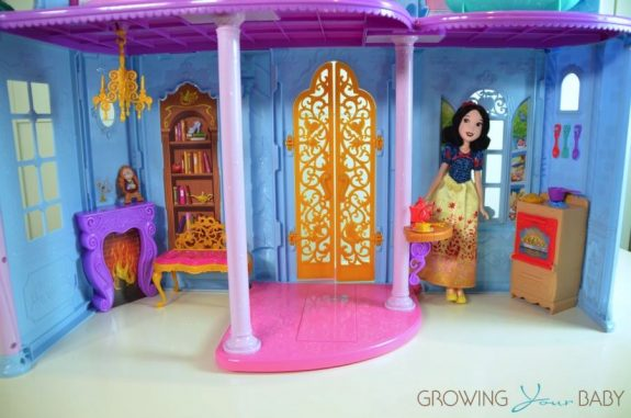 Disney princess Royal Dreams Castle 2016 - first floor