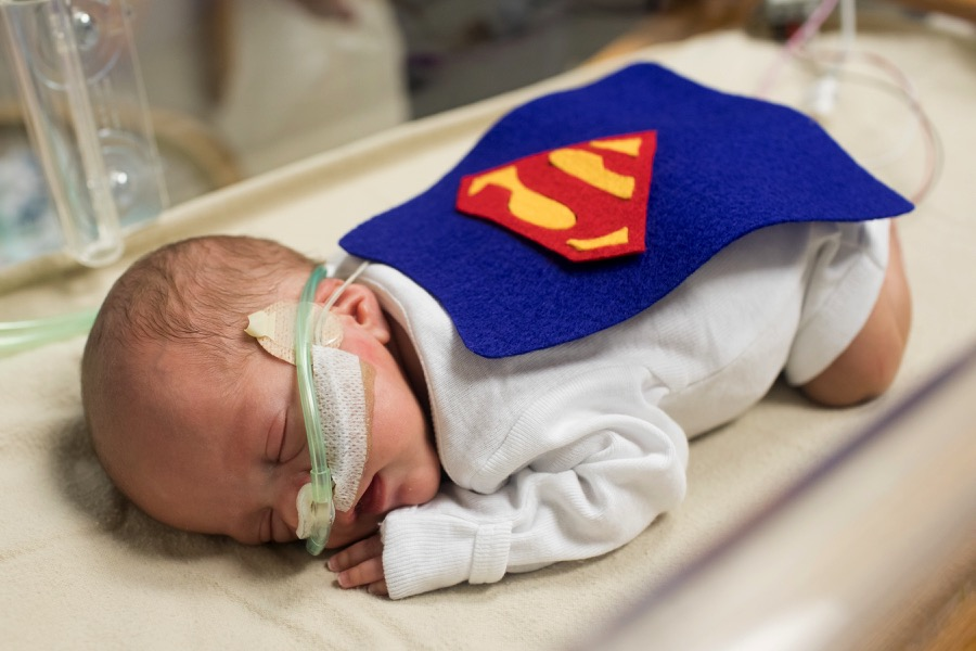 march-of-dimes-super-nicu-babies-halloween-superman-2