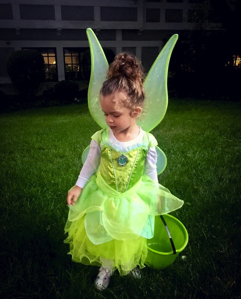 Alyssa Milano's daughter Elizabella out for Halloween 2016