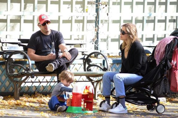 Jason Biggs, Jenny Mollen, Sid Biggs out in NYC