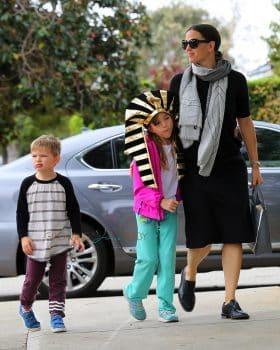 Jennifer Garner arrives at church with kids Seraphina and Sam Affleck