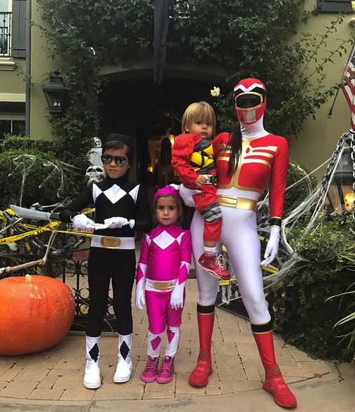 kourtney-kardashian-dressed-up-for-halloween-with-her-kids-mason-penelope-and-reign