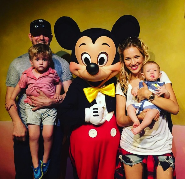 Luisana Lopilato and Michael Buble with sons Noah and Elias