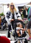 rachel-zoe-at-the-farmers-market-with-son-kai