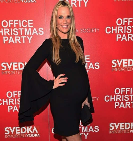 molly-sims-office-party-premiere
