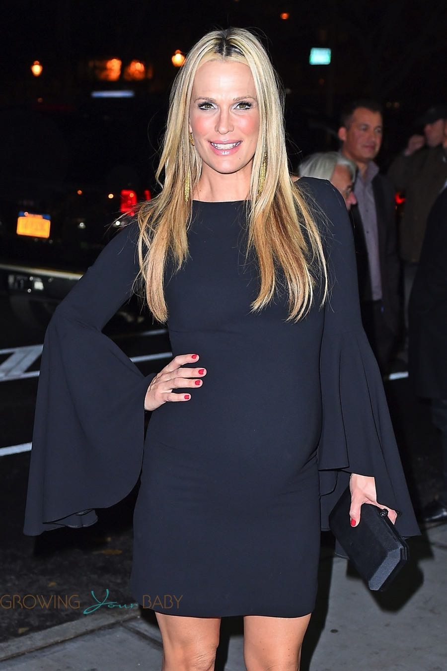 1520915ced2a8 Very pregnant Molly Sims and Scott Stuber at the screening of