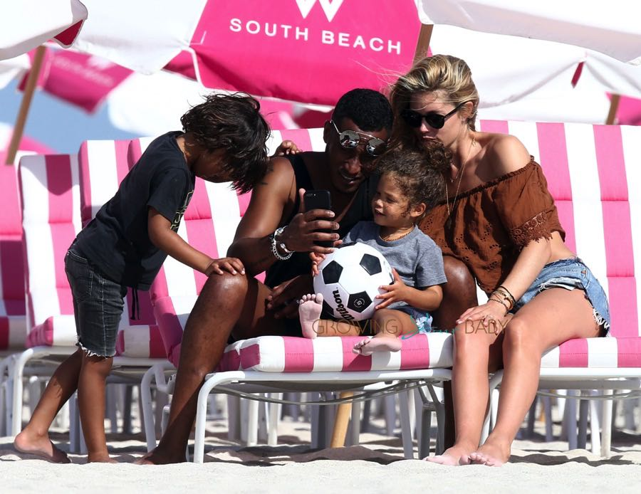Doutzen Kroes, Sunnery James , Myllena Gorre and Phyllon Gorre at the beach in Miami