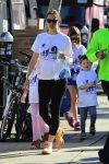 Jennifer Garner out with kids Violet, Seraphina and Sam Affleck at a Marathon in LA