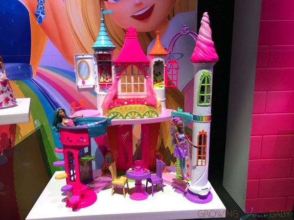 Barbie Dreamtopia Sweetville castle 2017