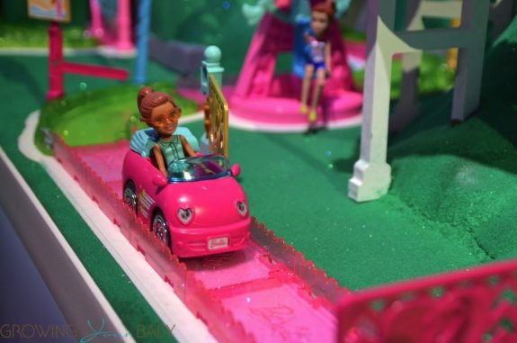 Barbie on-the-go car 2017