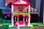 Barbie on-the-go stables with horses 2017