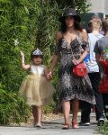 Jenna Dewan Takes Her Daughter Everly To The Farmer's Market In Studio City