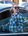 Pregnant Amanda Seyfried Lunches In Beverly Hills