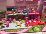 Shopkins Happy Places school preview