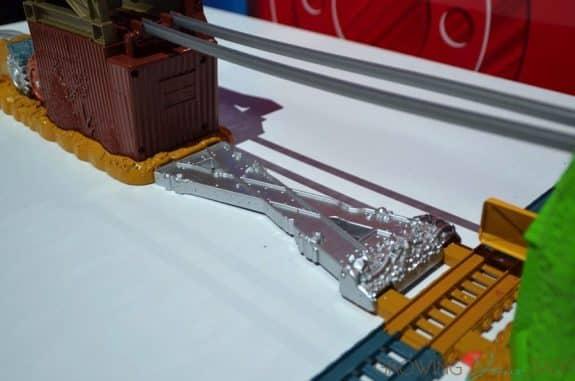 Thomas & Friends TrackMaster Cable Bridge Set - metallic track