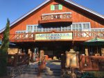 Blizzard Beach Water Park Orlando - dining at lottawatta lodge