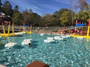Cool Down at Walt Disney World's Blizzard Beach! (Video Review)