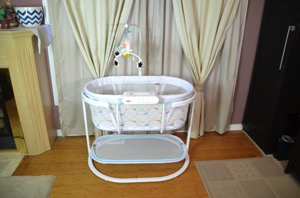 New! Fisher Price Soothing Motions Bassinet {VIDEO REVIEW}