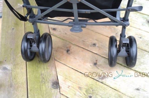2017 Joovy Groove Ultralight - wheel locks