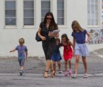 Jennifer Garner attends sunday service with her kids Sam, Seraphina and Violet Affleck