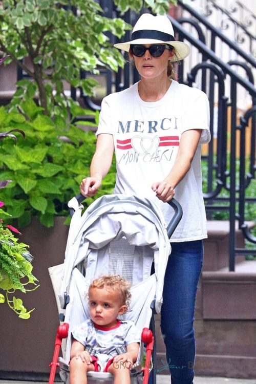 A pregnant Rose Byrne steps out with her son Rocco in NYC