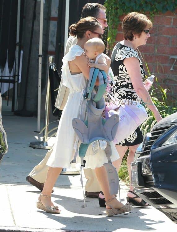 Natalie Portman leaves church w: daughter Amalia Milipied