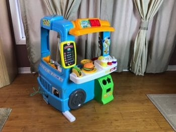 fisher price laugh learn servin 39 up fun food truck growing your baby. Black Bedroom Furniture Sets. Home Design Ideas