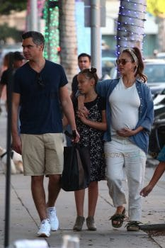 Pregnant Jessica Alba shops on black Friday with husband Cash Warren and their two girls Honor and Haven
