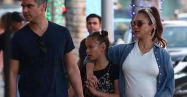 Pregnant Jessica Alba shops on black Friday with husband Cash Warren and their two girls Honor and Haven f