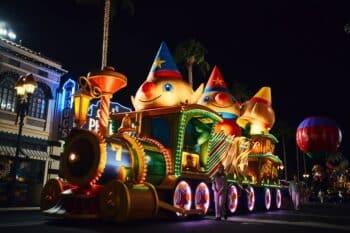 Universal Orlando's Holiday Parade featuring Macy's