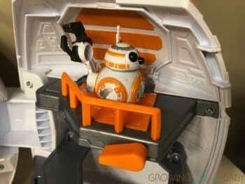Playskool Heroes Star Wars Galactic Heroes BB-8 Adventure Base - trap door